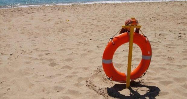 На пляже под Евпаторией спасли пьяного купальщика