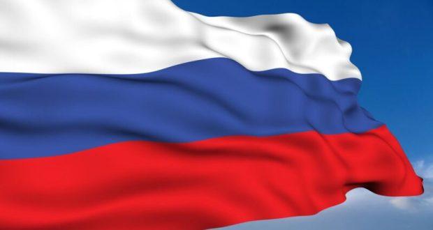 Сергей Аксёнов и Владимир Константинов поздравили крымчан с Днем государственного флага России