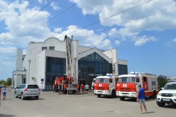 """Пожар в Севастополе: горело кафе """"Кочерга"""""""
