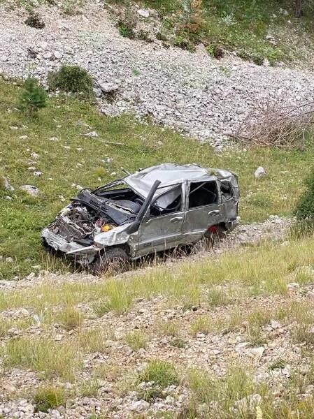 Со склона горы на Южном берегу Крыма скатился автомобиль. Погиб человек