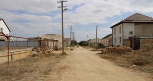Дорожные работы в микрорайоне Исмаил-Бей Евпатории идут вяло