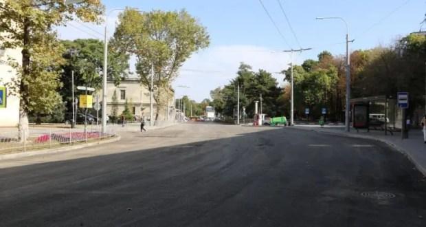 По улице Александра Невского в Симферополе возобновляется движение транспорта. Но не на всей улице