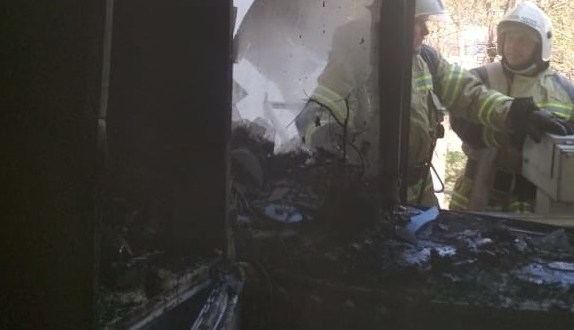 Вечерний пожар в Джанкойском районе: спасены два человека