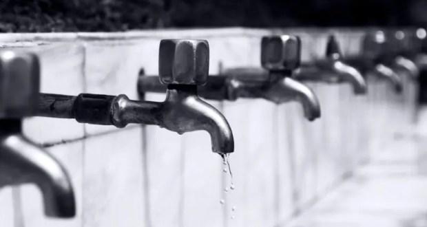 В Симферополе скорректировали графики подачи воды. Жестко: вода только с 6:00 до 9:00 и с 18:00 до 21:00
