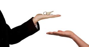 Вопрос на миллион и больше: продлят ли льготную ипотеку под 6,5% на 2021 год?