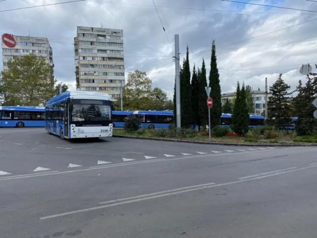 Севастопольцы, говорят в местном Правительстве, стали меньше нарушать масочный режим