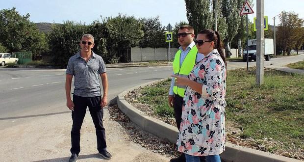«Доброволец» держит на контроле дорожные работы на улице Строительной в Балаклаве