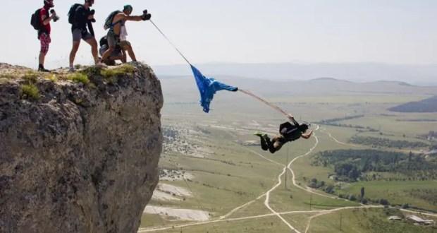 Бейсджампинг на скале Качи-Кальон: воскресный прыжок обернулся травмами