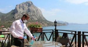 Специалисты минкурортов Крыма провели рейды по 63 отелям и санаториям