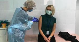 В Крыму продолжается вакцинация медицинских работников от новой коронавирусной инфекции