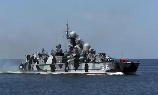 Ракетный корабль на воздушной подушке «Самум» Черноморского флота провёл артиллерийские стрельбы