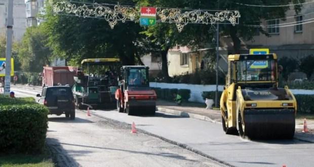 В Балаклаве приступили к асфальтированию центральной улицы
