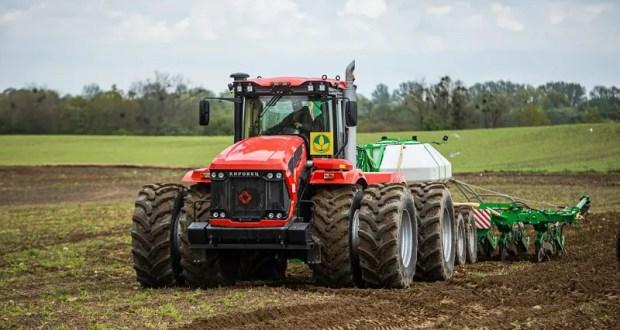 За последние 3 года Росагролизинг поставил в Крым порядка тысячи сельхозмашин на 3 млрд. рублей