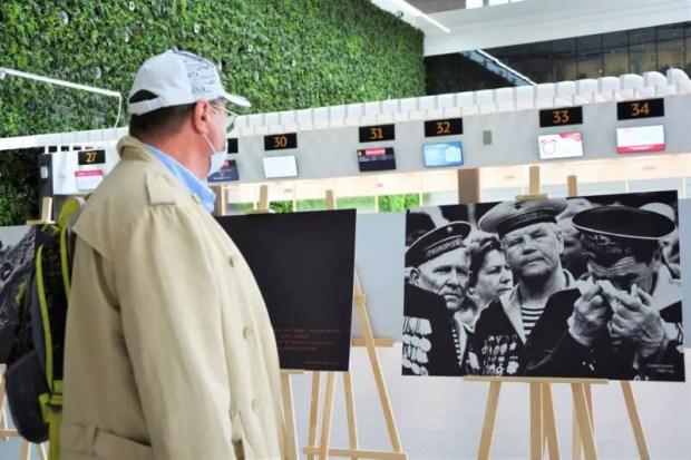"""Аэропорт """"Симферополь"""" презентовал всероссийскую фотовыставку ко Дню народного единства"""