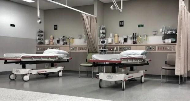 Севастополь вошел в число регионов, где скоро не будет хватать коек для больных коронавирусом