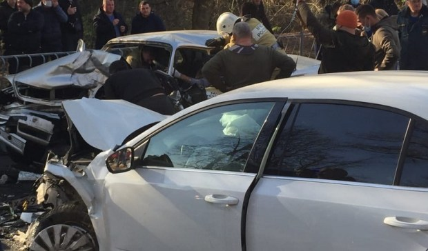 «Жесткое» ДТП в районе радиорынка в Симферополе: двое пострадавших