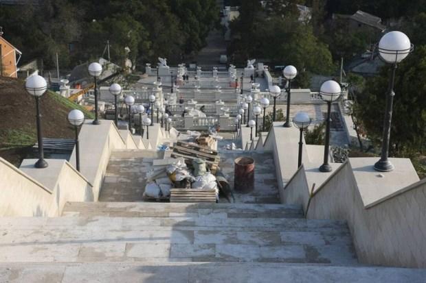 В Керчи реставрация Большой Митридатской лестницы близится к финалу