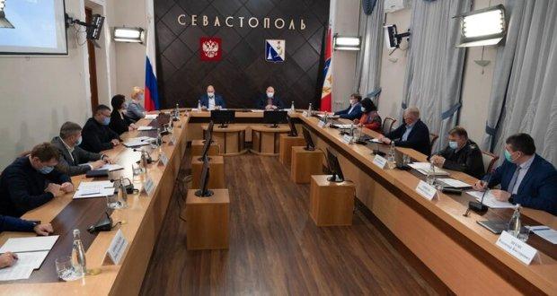 Меры COVID-19: медики Севастополя получили два десятка машин