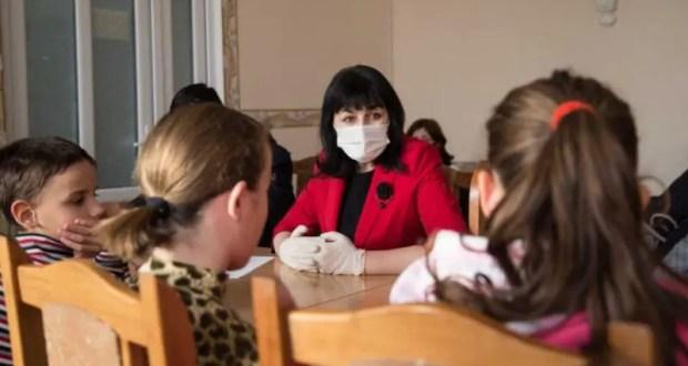 Министр образования Крыма прокомментировала ситуацию вокруг приемных семей Тоцких и Астаховых