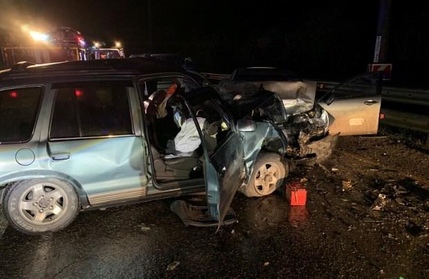 Ночное ДТП на въезде в Алушту: четверо пострадавших, погиб водитель «Хонды»