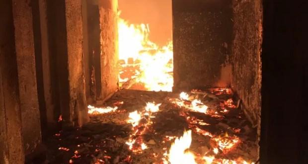 На пожаре в южнобережной Ливадии спасен человек