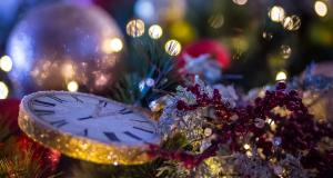 В Крыму стартовала эстафета мастер-классов по изготовлению украшений для новогодней елки