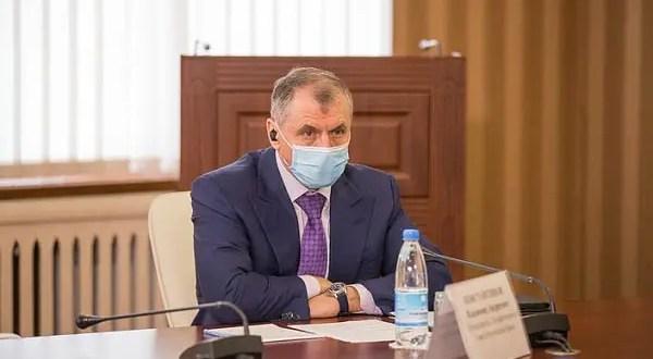 Депутаты фиксируют нарушения температурного режима в школах и детсадах Крыма