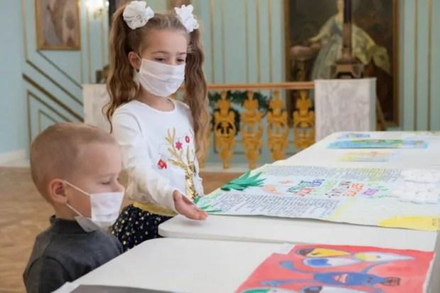 В Севастополе наградили детей - победителей конкурса социальной рекламы «Берегите воду»