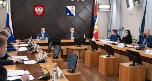 Михаил Развожаев потребовал разобраться с платой за газификацию села Фронтового