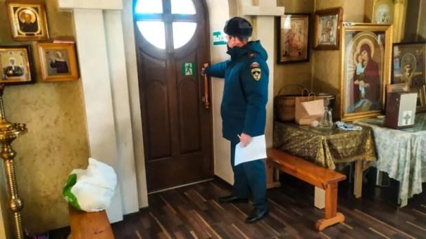 В рождественскую ночь в храмах Севастополя будут дежурить сотрудники МЧС
