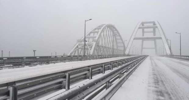 Движение по Крымскому мосту постепенно восстанавливают, но не по «Тавриде»