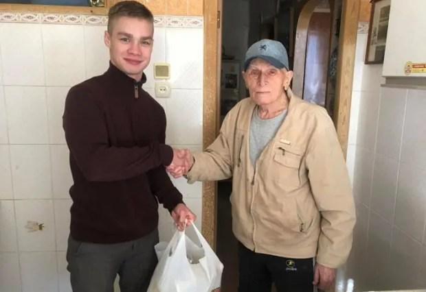 «Доброволец», «Здоровые силы Севастополя» и городская Федерация бокса помнят о ветеранах
