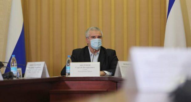 Динамика заболеваемости COVID-19 в Крыму идет на спад, но требования Роспотребнадзора остаются
