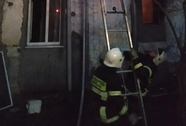Ночной пожар в Кореизе: 14 человек остались без крыши над головой. Погоельцам нужна помощь