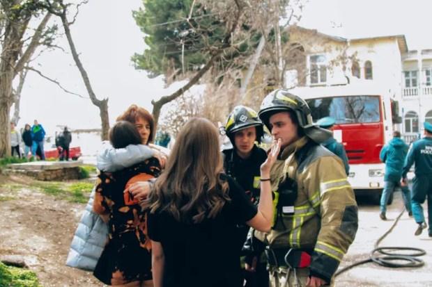 В Севастополе на пожаре спасены 9 человек, в том числе двое детей