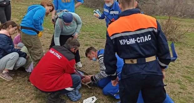 Происшествие на склоне горы Демерджи - «КРЫМ-СПАС» пришел на помощь женщине с травмой ноги