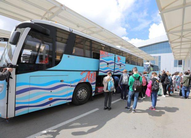 Крым возобновляет прием детей из других регионов на летний отдых