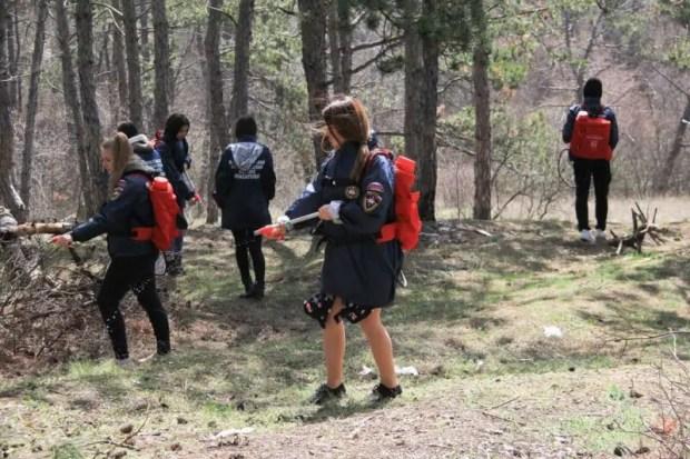 В Крыму завершилось учение МЧС. Его финалом стала «ликвидация лесного пожара»