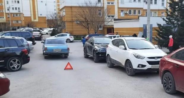 ДТП в Севастополе: восьмилетний мальчик внезапно выскочил на дорогу и попал под колеса автомобиля