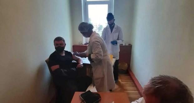 В Ялте работает передвижной пункт вакцинации. 21 мая! Спешите и успеете