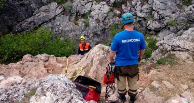 В Крыму оборудуют пещеры на плато Караби – Яйла стационарными точками навески снаряжения