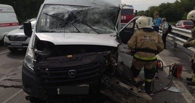 Утреннее ДТП на въезде в Симферополь – четверо пострадавших