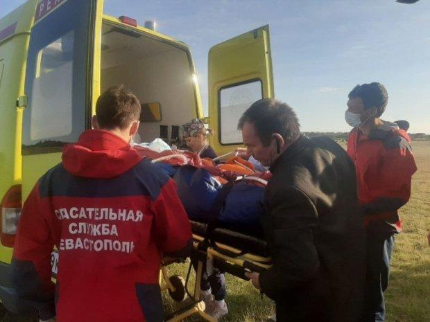 Пострадавшую на пожаре в Севастополе девочку отправили бортом санавиации в Краснодар
