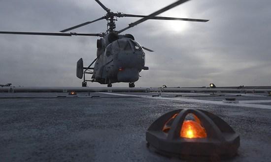 Вертолеты палубной авиации и патрульный корабль Черноморского флота провели учение