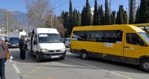 Работу общественного транспорта Ялты взяло под контроль министерство транспорта Крыма