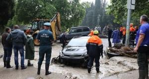 В Ялте число травмированных в результате стихийного бедствия достигло 54