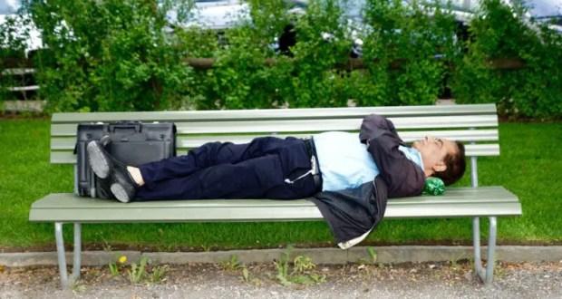 Выпил, заснул в парке, остался без денег и документов. Случай в Севастополе
