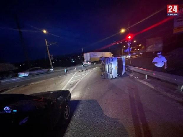 ДТП на Ялтинской трассе: в селе Доброе перевернулся автобус с детьми