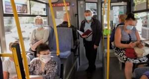 В Крыму проводятся рейды: всем пассажирам автобусов, троллейбусов, легкового такси - быть в маске
