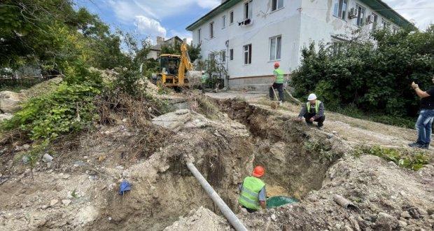 В Севастополе строят канализационные сети на проспекте Гагарина